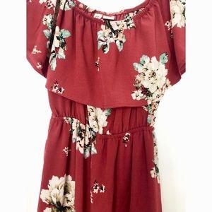 Dresses & Skirts - Maroon floral off the shoulder maxi dress 🌸🌼🌺